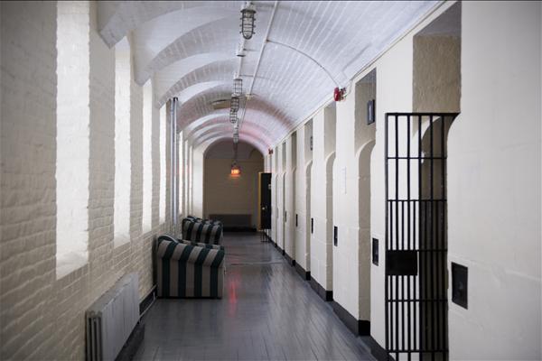 HI Ottawa Jail