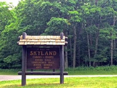 Skyland Resort- sign