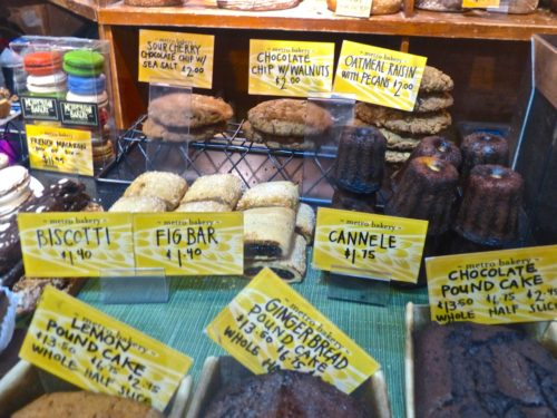 Philadelphia- Best Things to Eat at Reading Terminal Market- Metropolitan Bakery