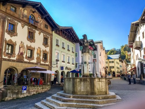 Berchtesgaden- historic downtown square