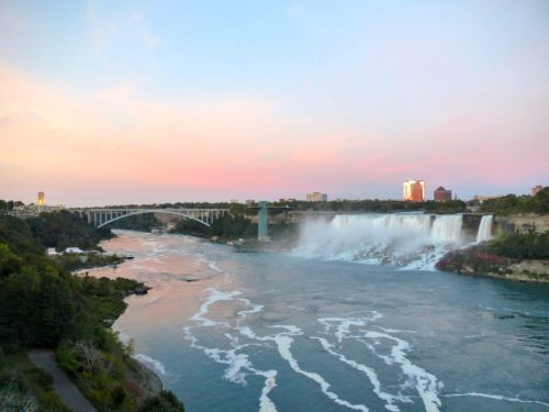 niagara-falls-sunset